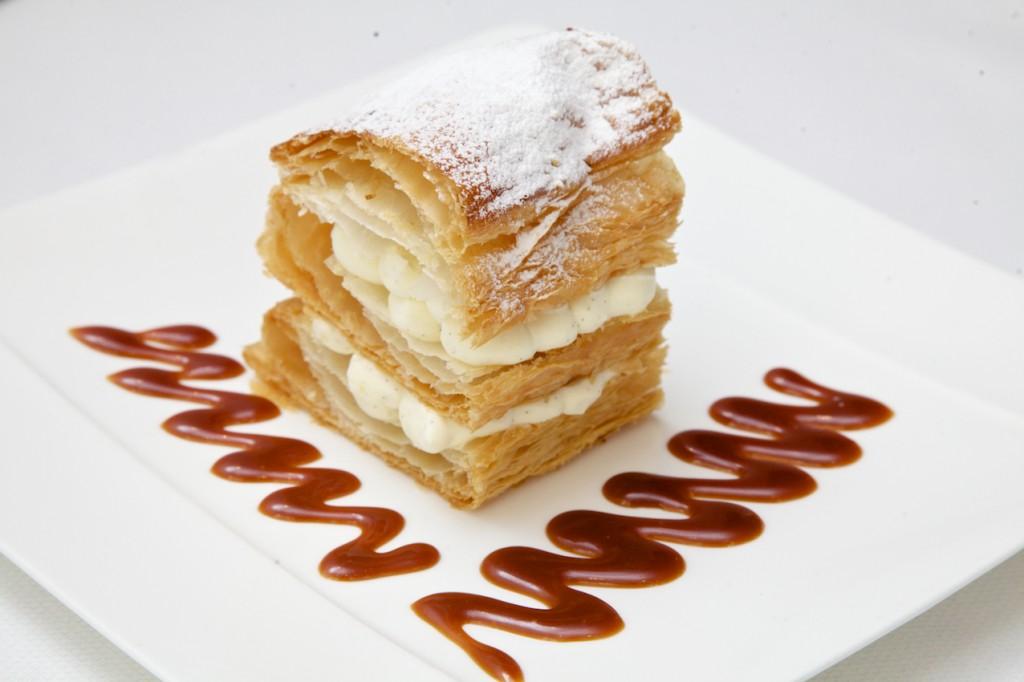 Millefeuille à la vanille et caramel au beurre salé