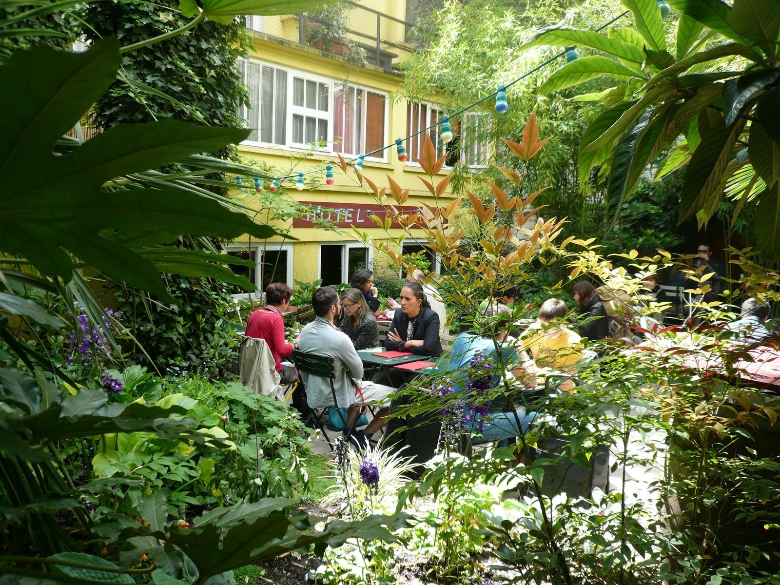 la_terrasse_du_bistrot_des_dames_paris_1