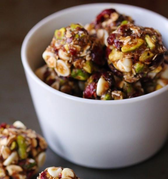 cranberry-pistachio-energy-bites-2-576x864
